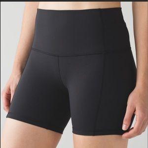 LULULEMON 🔴 Black shorts